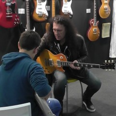 Dave Buckley 3 - Giving Lessons@Musikmesse Frankfurt 2013